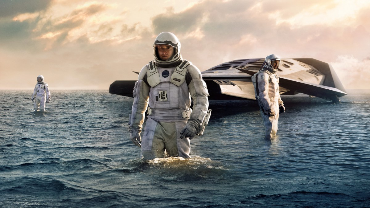 Interstellar-review